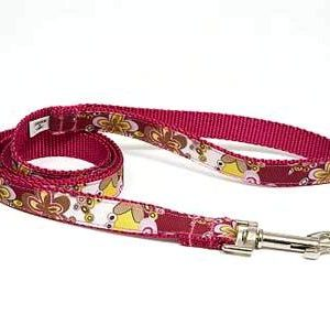 Crazy Dazie Carnation Dog Leashes